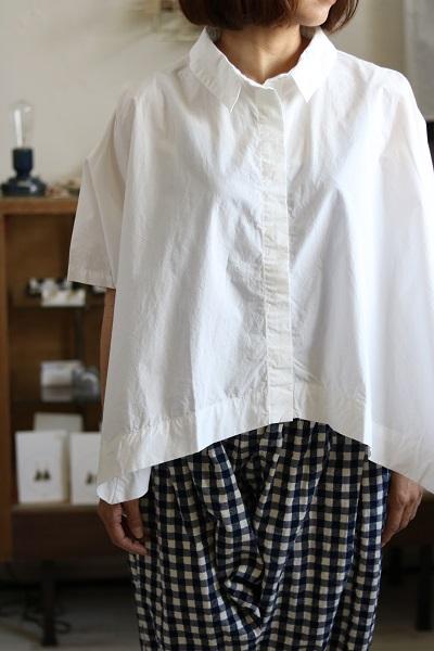 画像1: nachukara コットンタイプライターサークルシャツ 2色
