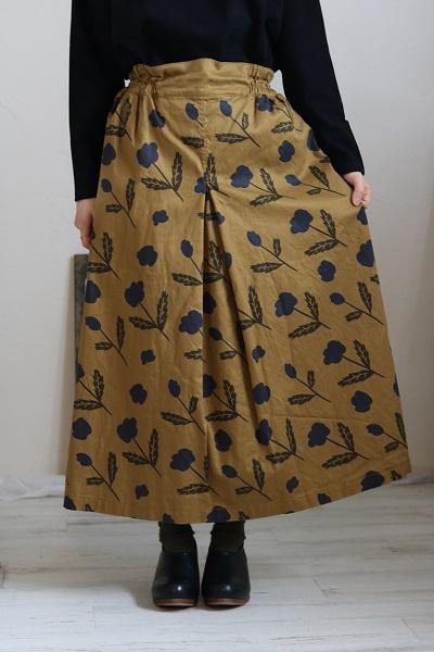画像1: tumugu チノフラワープリントスカート 2色