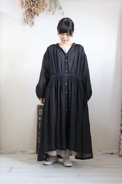 画像1: nachukara リネンギャザーシャツワンピース black