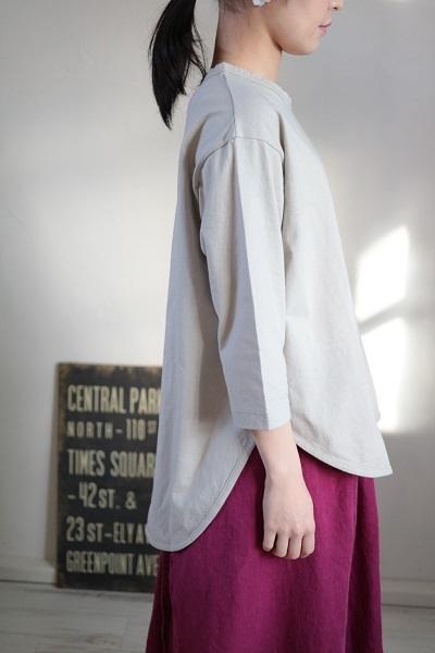 画像2: tumugu スープレコットン天竺裾ラウンド7分袖ロングT 2色