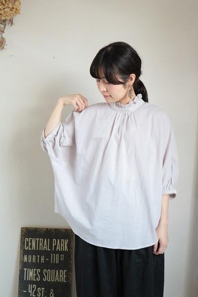 画像1: NARU 60ローンふんわり仕上げフリル襟ドルマンシャツ 4色